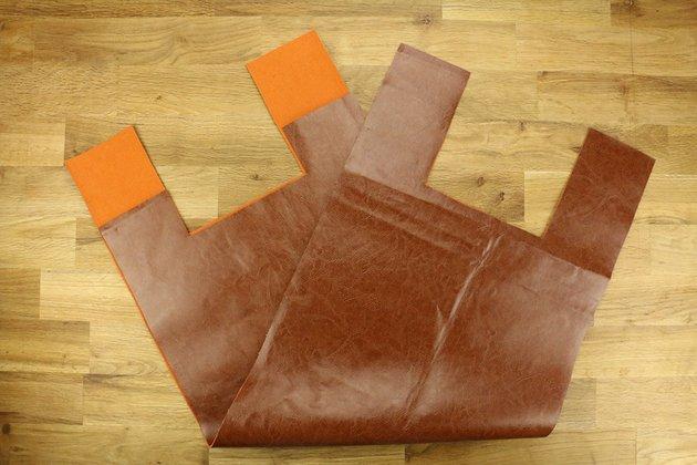 Tuto: un porte-revues rétro en bois et cuir 4