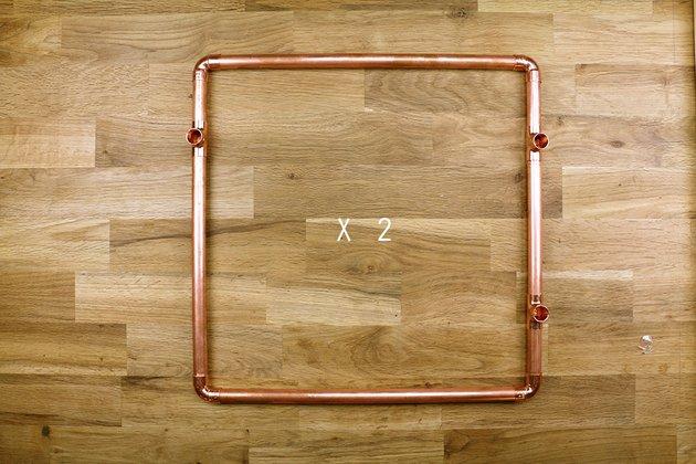 Tuto: un petit meuble en bois et tubes en cuivre 4